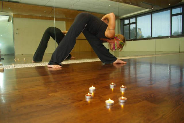 Forward fold with reverse Namaste